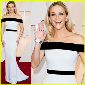 reese-witherspoon-oscars-2015-red-carpet
