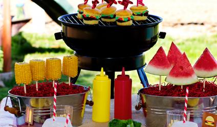 summer-bbq-party-table